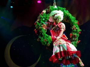 Cirque-Dreams-Holidaze_756x568_OPT
